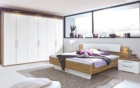 Schlafzimmer Zamaro in weiß/Eiche Volano-Nachbildung, Schrankbreite ca. 302 cm, Liegefläche ca. 180 x 200 cm
