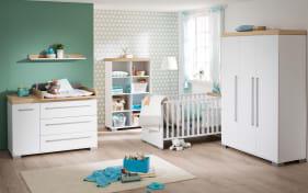 Babyzimmer Kira in kreideweiß/Eiche Nekraska-Nachbildung