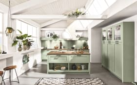 Einbauküche Hampton in pastellgrün, Kitchen Aid Geschirrspüler KDSCM8214