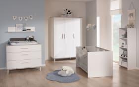 Babyzimmer Nils in kreideweiß, 3-türigen Kleiderschrank