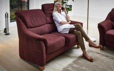 Sofa 2-sitzer Bristoll in bordeaux, mit Funktionen