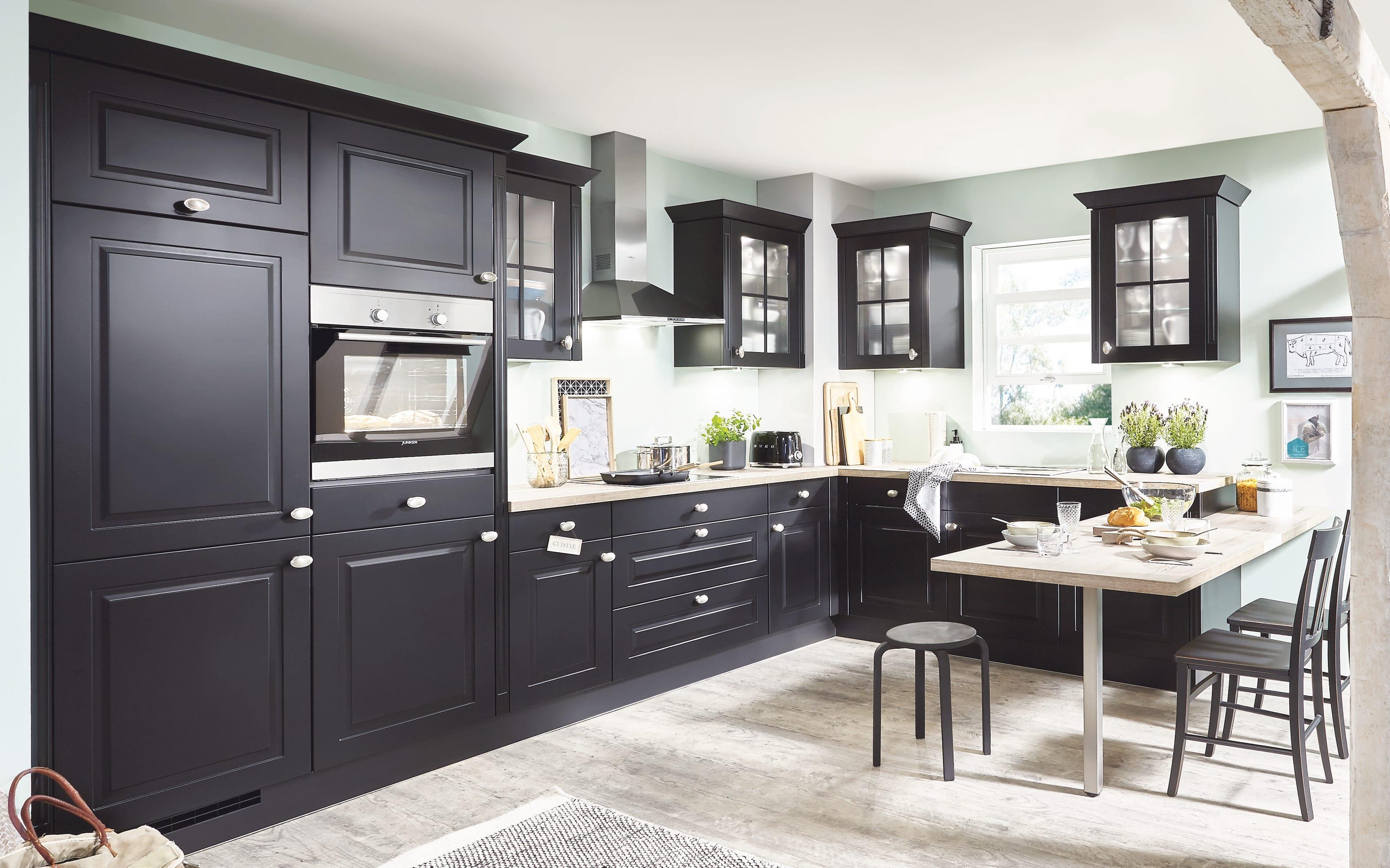 Einbauküche Sylt, schwarz, inklusive Miele Backofen, inklusive Junker Geschirrspüler
