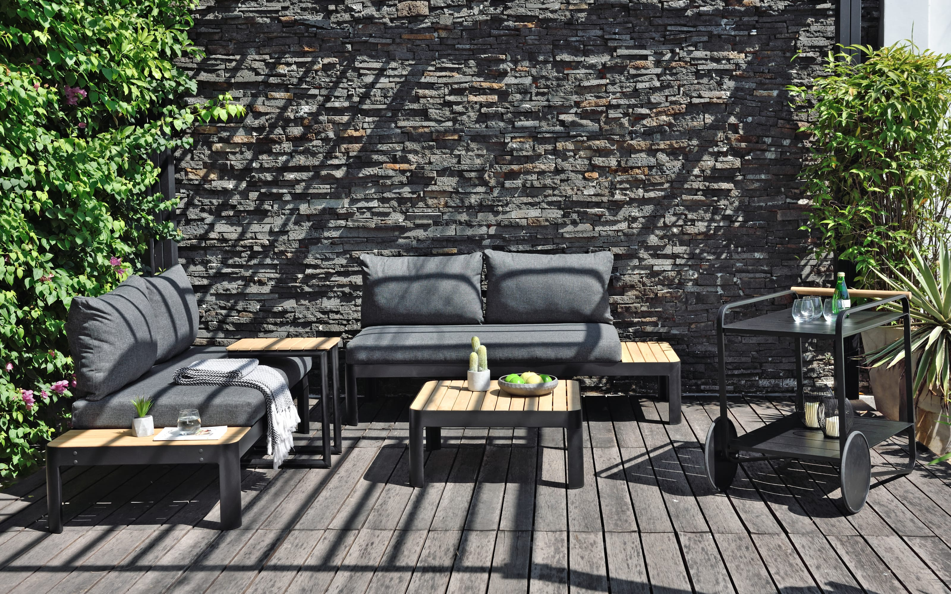 Garten-Sofa Portals in Batman black