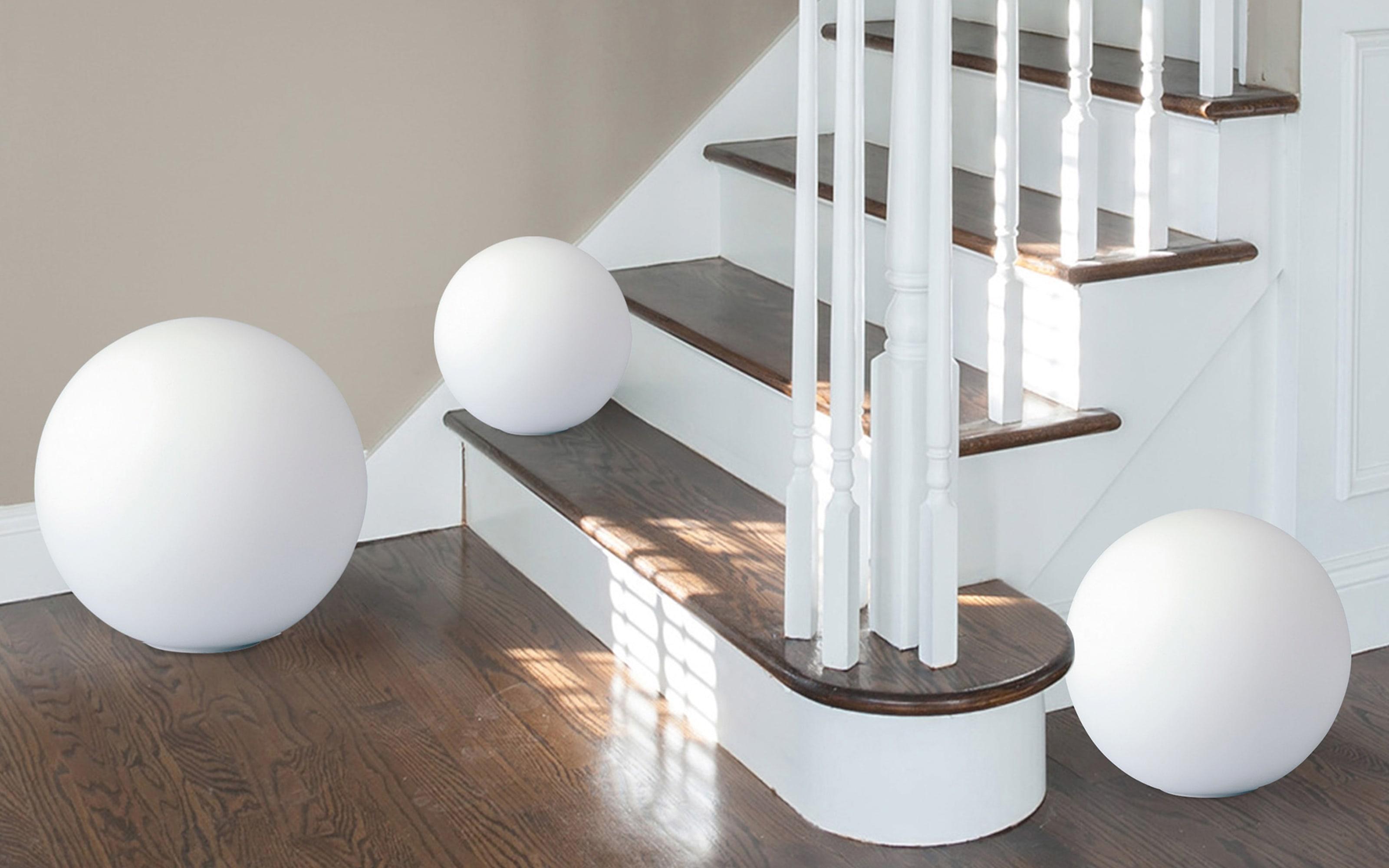Tischleuchte Glaskugel in weiß, 30 cm