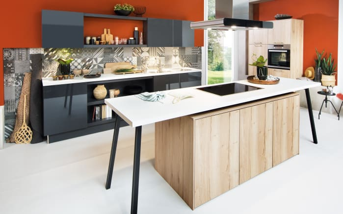 Einbauküche in Asteiche sand Optik, Siemens-Geschirrspüler + Steinspüle