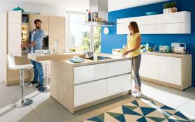 Marken-Einbauküche Nova in Lack weiß, Neff-Geschirrspüler