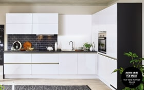 Einbauküche Cristall in Hochglanz weiß