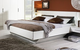 Bett Farah in weiß